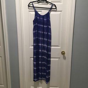 Tie-dye maxi dress